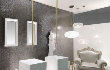 Mozaikový obklad v koupelně