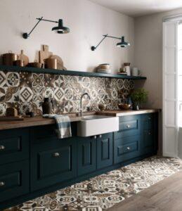 barevné kuchyňské obklady a vzory